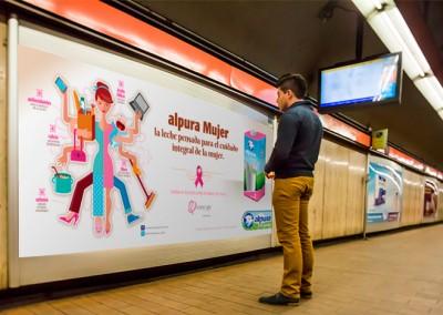 Alpura se sube al Metro Rosa en apoyo contra el Cáncer de Mama