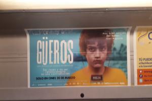 """""""Güeros"""" llega a las pantallas y recorre el metro para anunciarlo"""