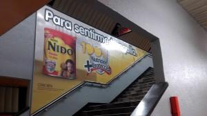 Nido les habla a las madres de familia en el Metro DF