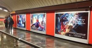 Spiderman lanza su red en la red del metro DF y Gdl