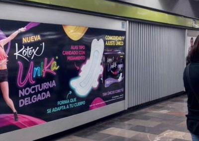 Kimberly Clark impactando a las usuarias del Metro DF