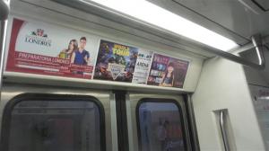 Mounstruoso espectáculo atrae a usuarios del Metro DF