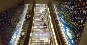 """Trident """"Cambia el track"""" de los usuarios en una estación completa del Metro DF"""