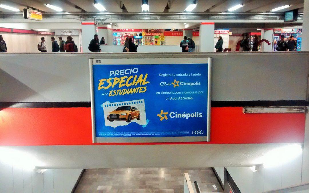 Cinépolis premia a los estudiantes y lo anuncia en el Metro CDMX