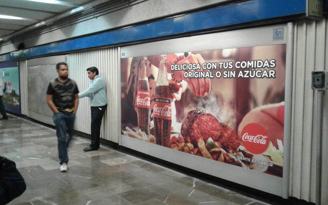 Coca Cola en la comida y en el Metro CCDMX