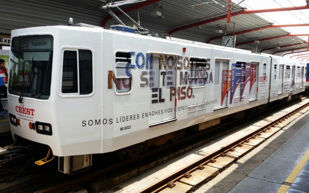 Crest Metrorrey  se fija en el Tren forrado de SITEUR